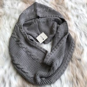 Gorgeous Grey Sperry Hooded Scarf